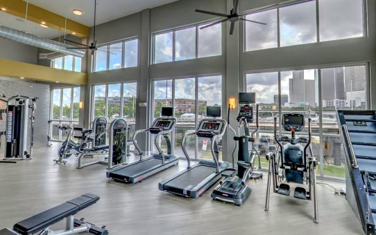Steel Mill Gym Houston: Offers High-End Amenities